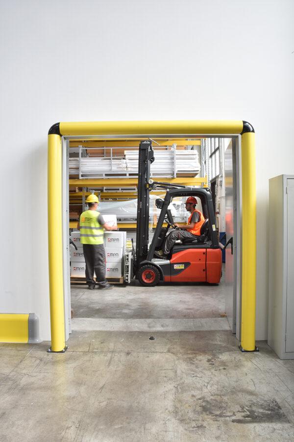 Protección de puertas industriales FULL FRAME | Safeway360